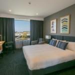 Alpha Hotel Eastern Creek - Club King Hotel Room