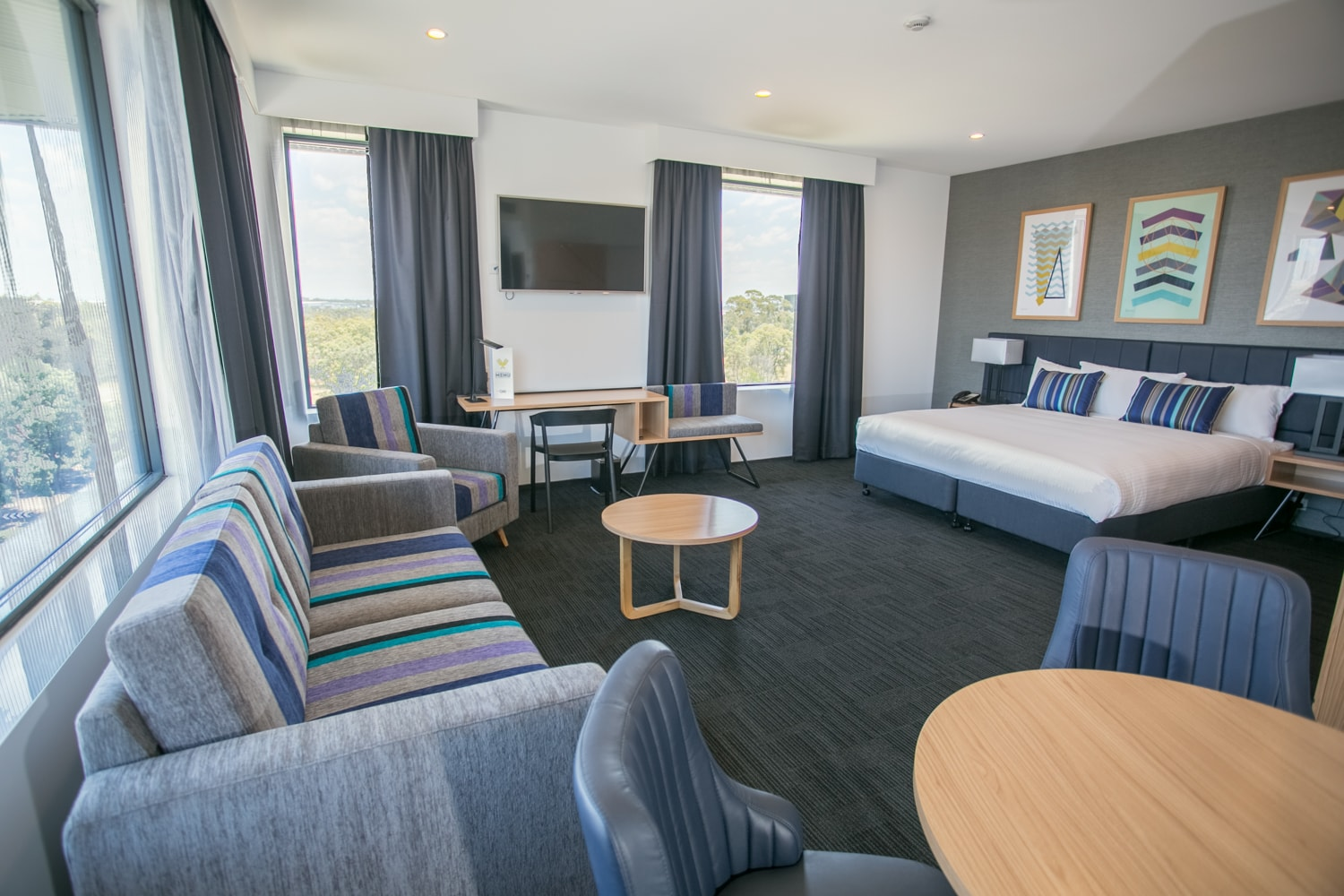 Alpha Hotel Eastern Creek - Club Suite