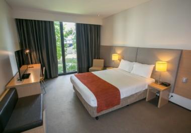 Alpha Hotel Eastern Creek Deluxe Room